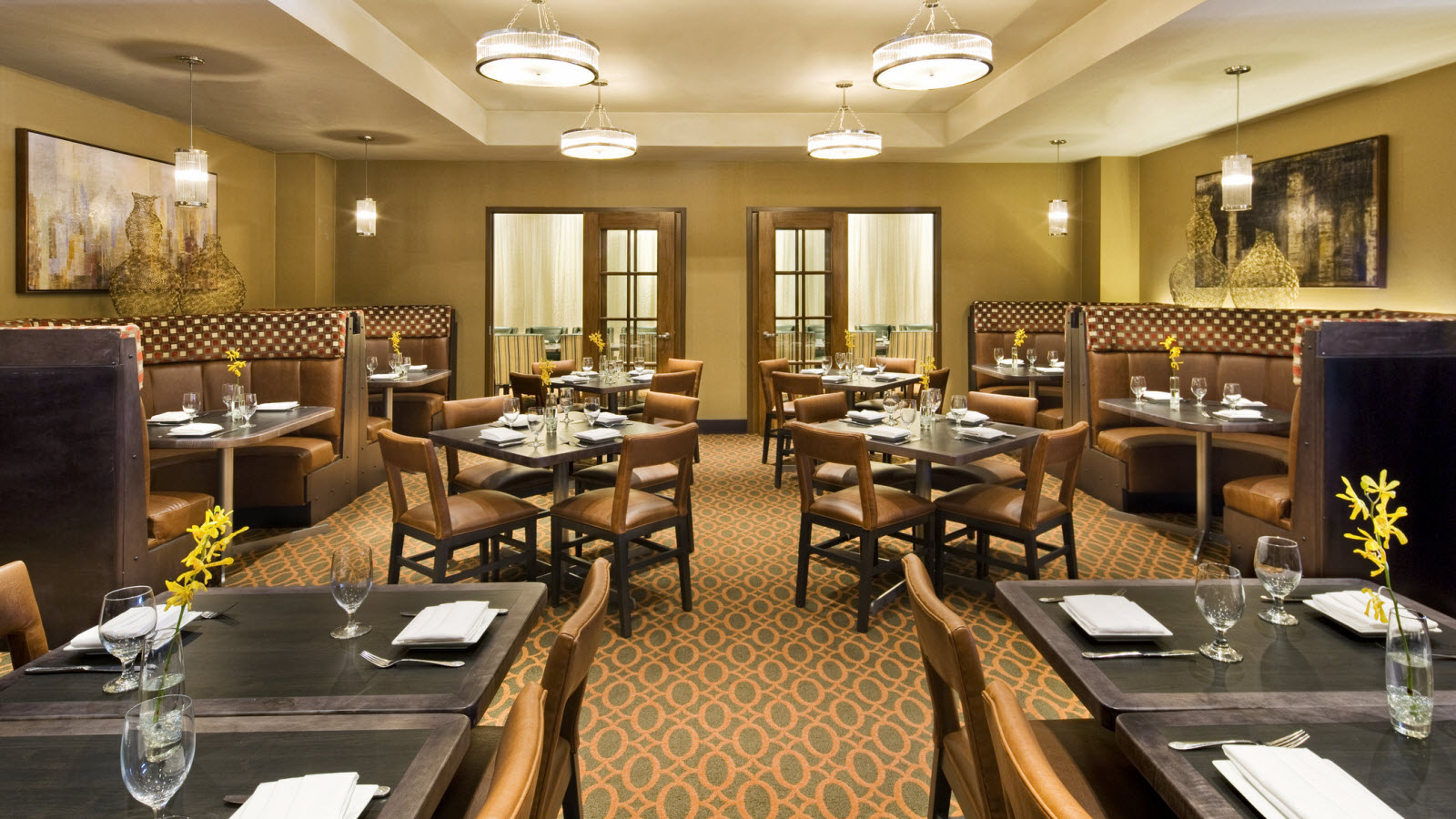Sheraton Framingham Hotel & Conference Center - Dining Venue
